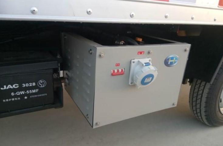 传统冷藏车上的用双源双通道供冷空调