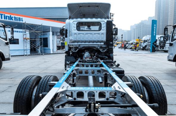 上海车展都有哪些劲爆的中卡车型?一起来看看