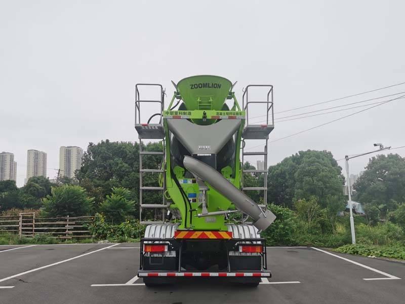 第348批《公告》之中联牌7.8方混凝土搅拌运输车(型号ZLJ5312GJBE7F)