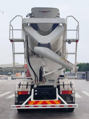 第348批《公告》之徐工牌8.0方混凝土搅拌运输车(型号XZS5318GJBCD)