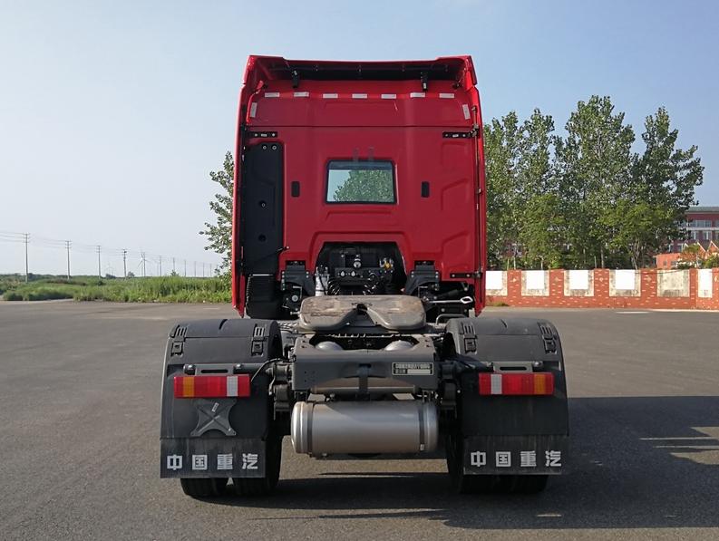 第348批《公告》之豪沃牌18吨牵引车(型号:ZZ4187Y391KF1)