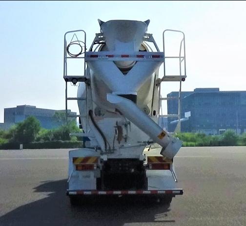 第348批《公告》之比亚迪牌6.8方纯电动混凝土搅拌运输车(型号:BYD5310GJBEV3)