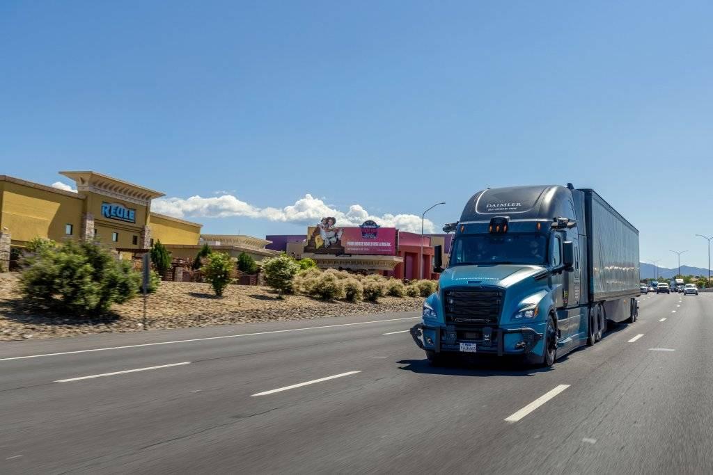 戴姆勒卡车和Torc机器人公司开始SAE Level 4自动驾驶车测试