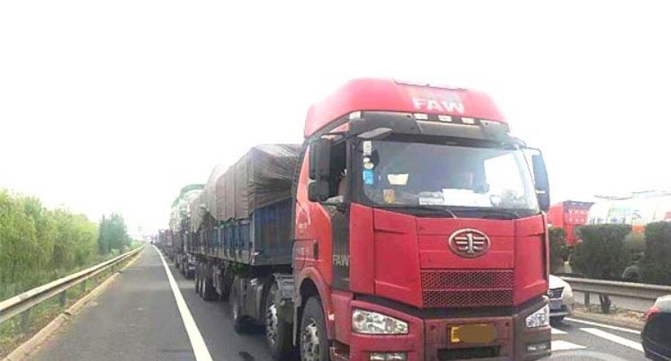 公安部将开展国省道货车超限超载违法行为专项整治行动