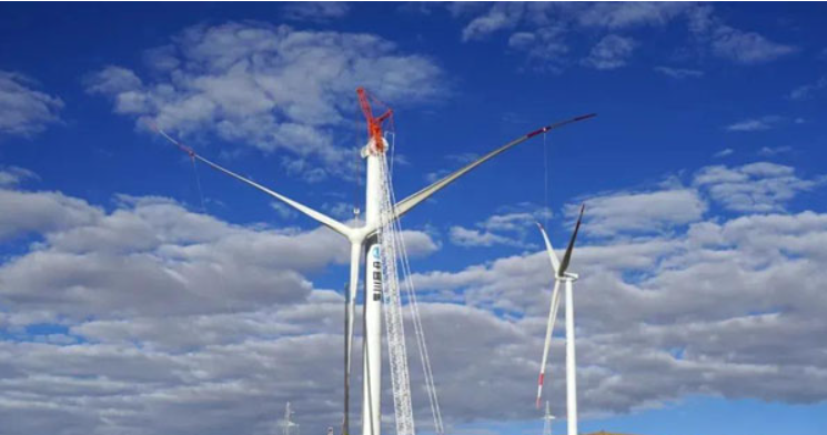 中联重科起重机助力西藏哲古风电场全部机组吊装完成