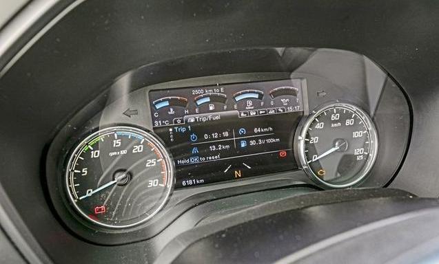 售价81000欧(60.3万人民币)福特F-Max牵引车德国正式开售